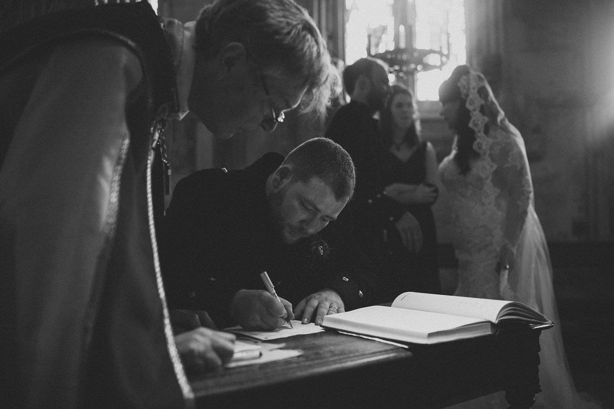 fine-art-wedding-photography-edinburgh-rosslyn-oxenfoord-castle-068