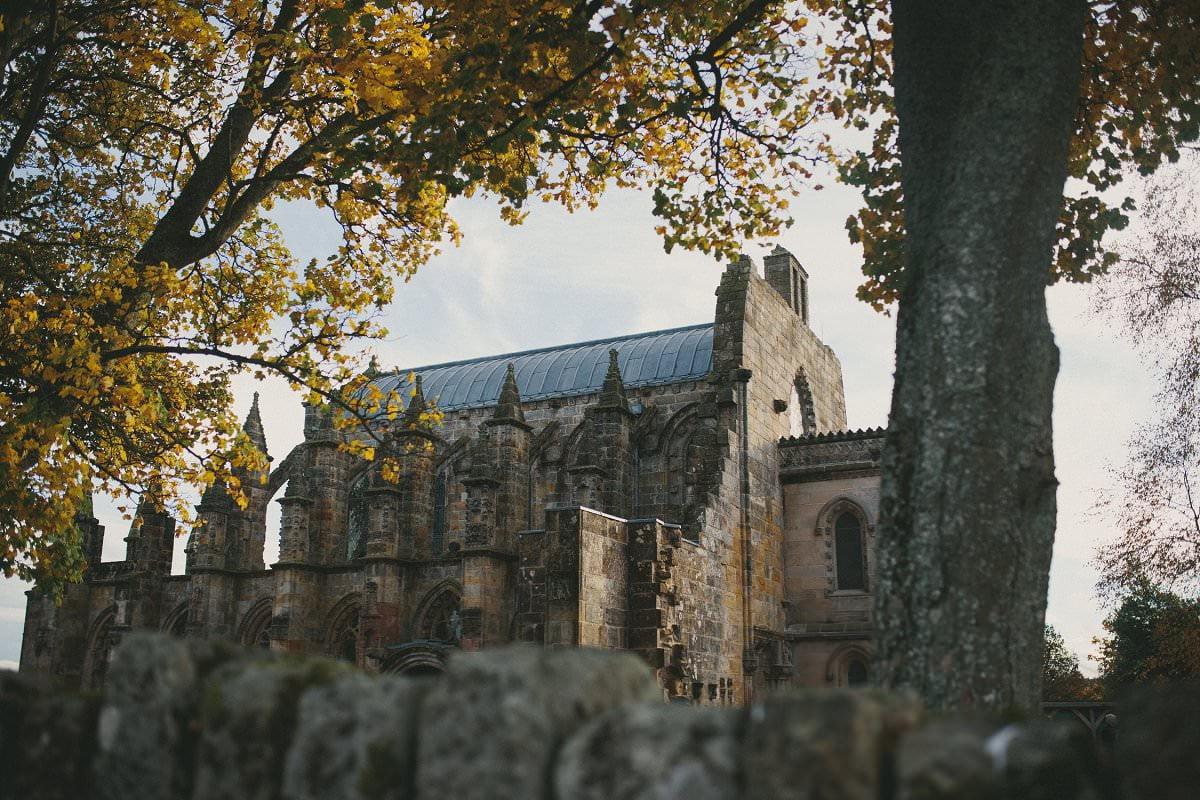 fine-art-wedding-photography-edinburgh-rosslyn-oxenfoord-castle-073