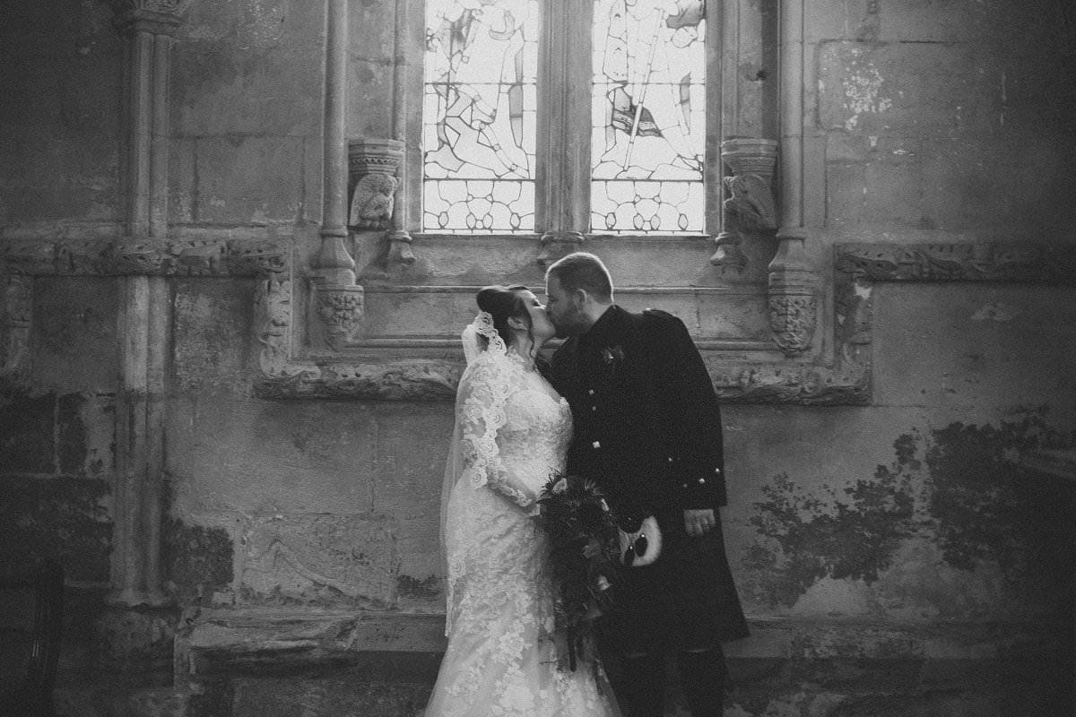 fine-art-wedding-photography-edinburgh-rosslyn-oxenfoord-castle-078