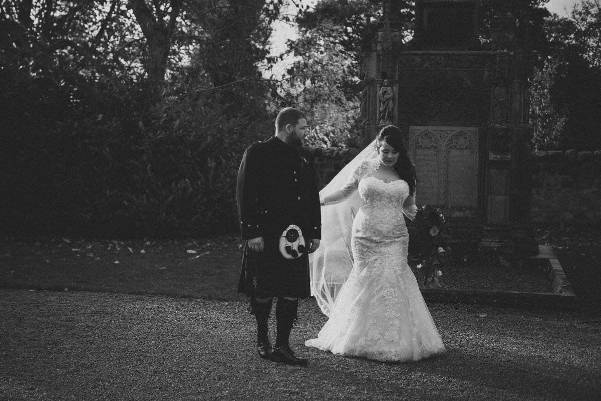 fine-art-wedding-photography-edinburgh-rosslyn-oxenfoord-castle-081