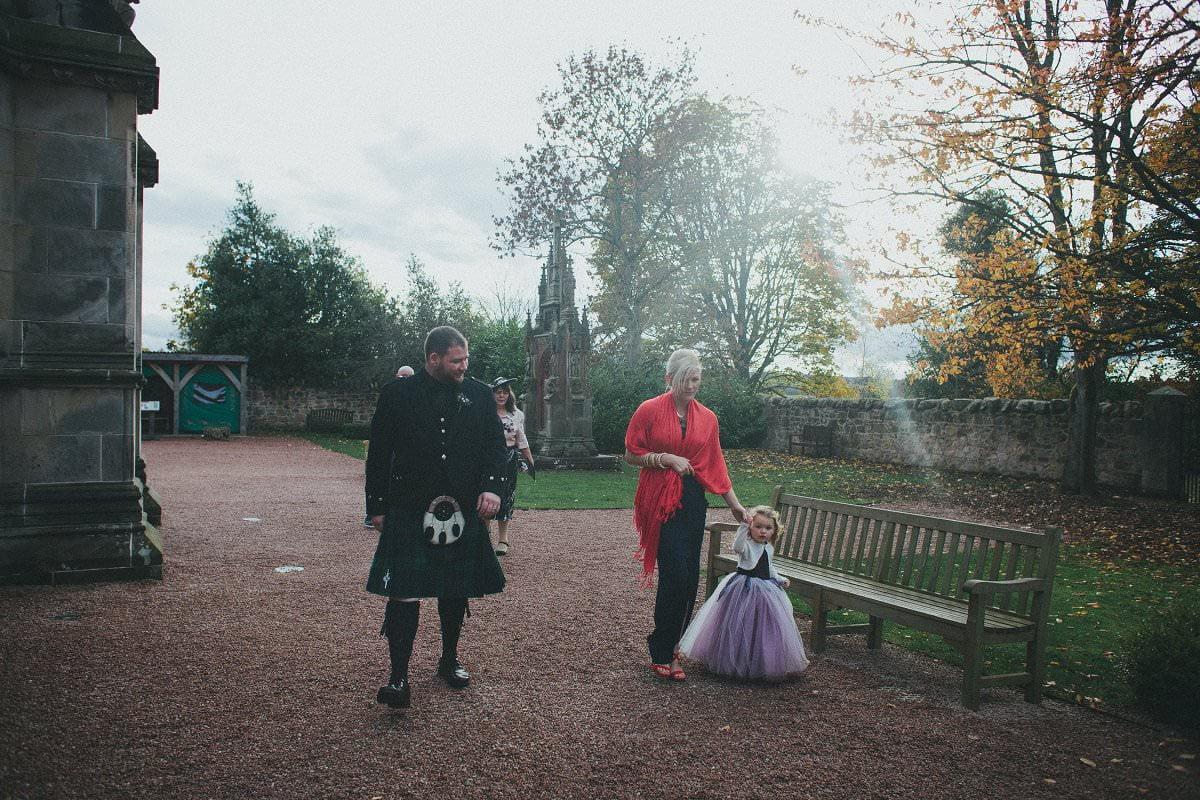 fine-art-wedding-photography-edinburgh-rosslyn-oxenfoord-castle-085