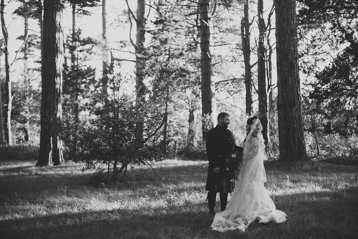 fine-art-wedding-photography-edinburgh-rosslyn-oxenfoord-castle-121