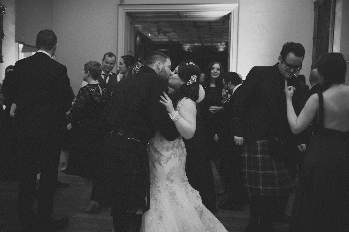 fine-art-wedding-photography-edinburgh-rosslyn-oxenfoord-castle-206