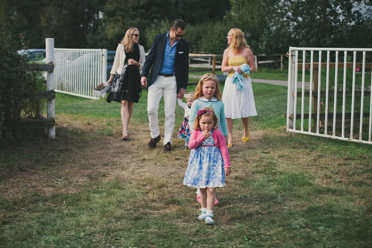 natural-folk-festival-wedding-sussex-photographer-023