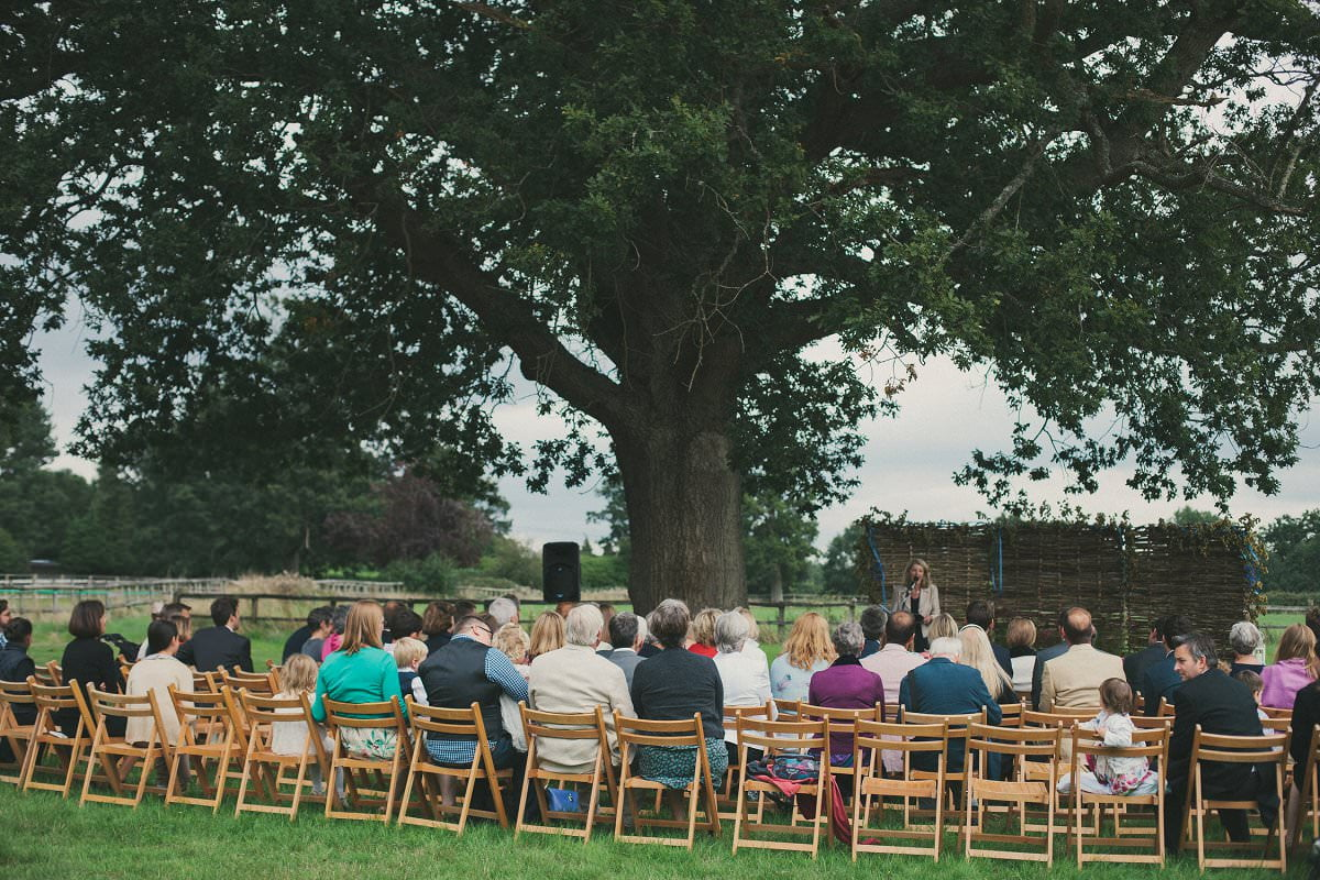 natural-folk-festival-wedding-sussex-photographer-037