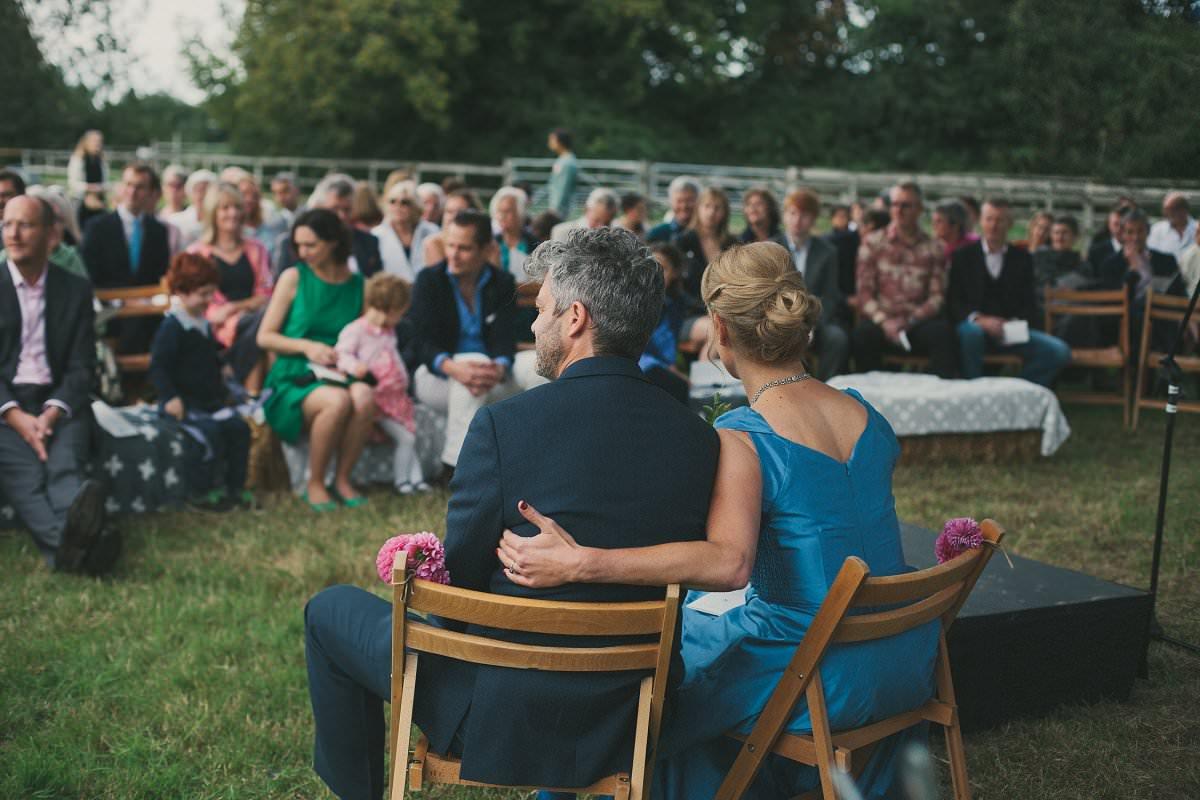 natural-folk-festival-wedding-sussex-photographer-055