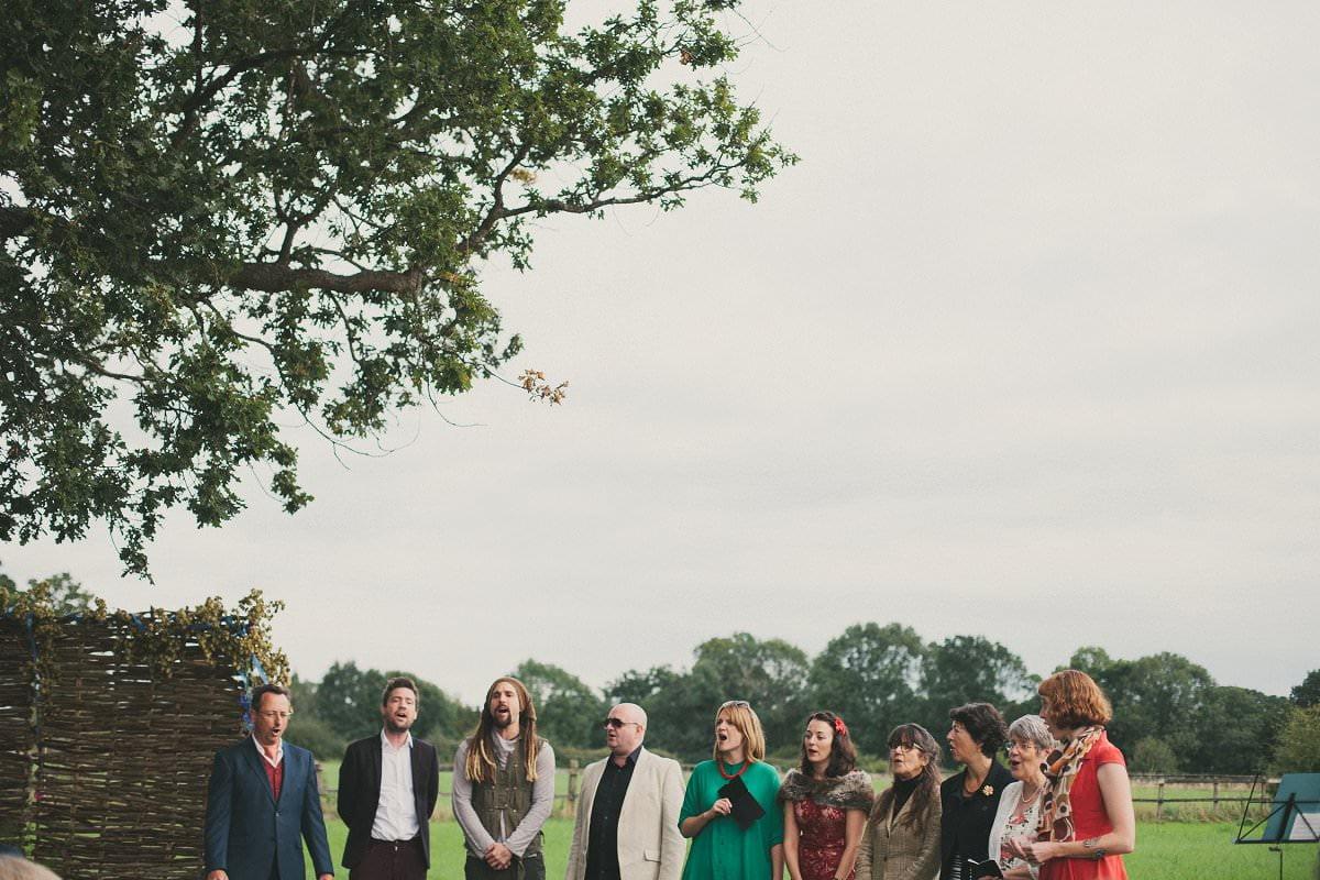 natural-folk-festival-wedding-sussex-photographer-062