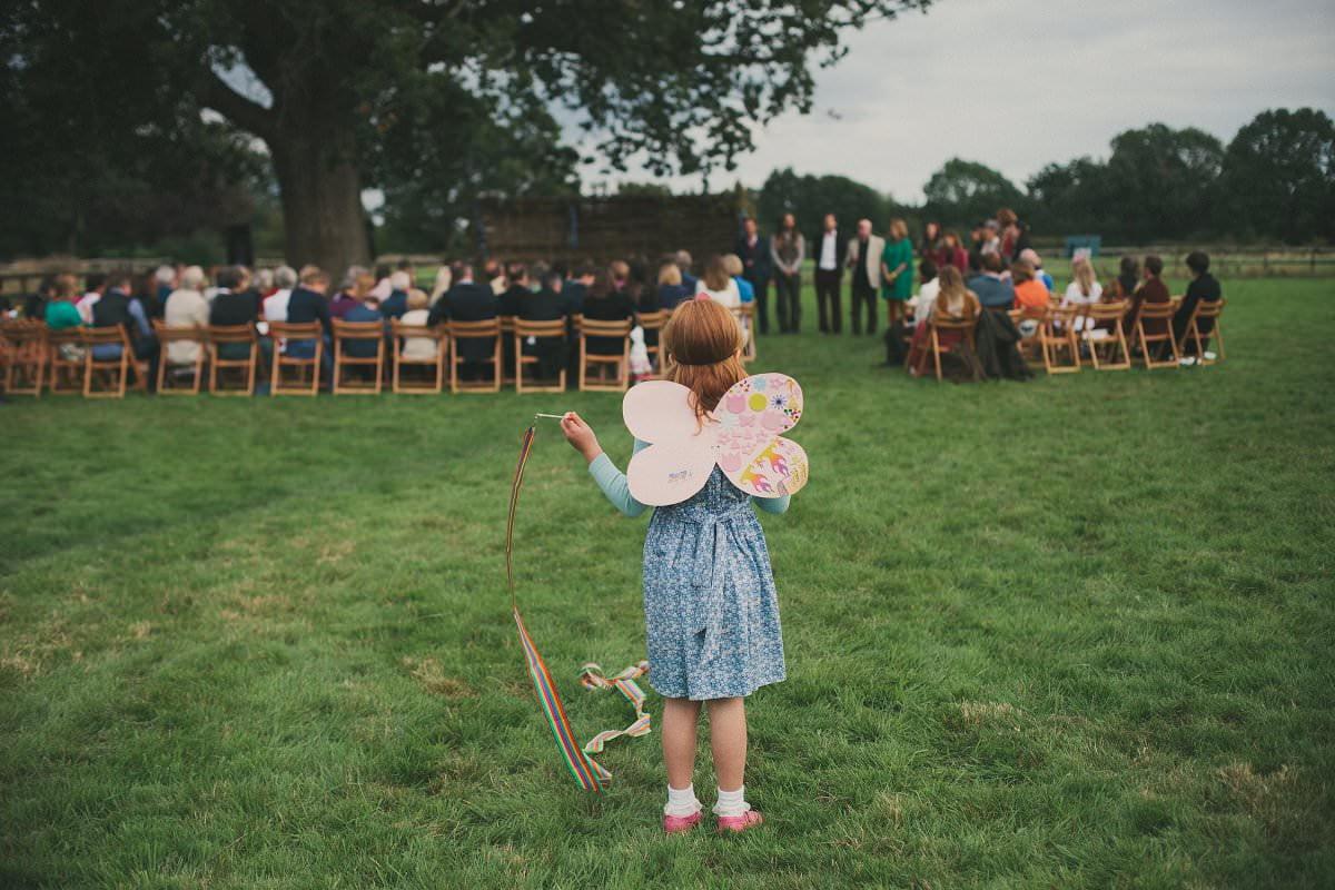 natural-folk-festival-wedding-sussex-photographer-065