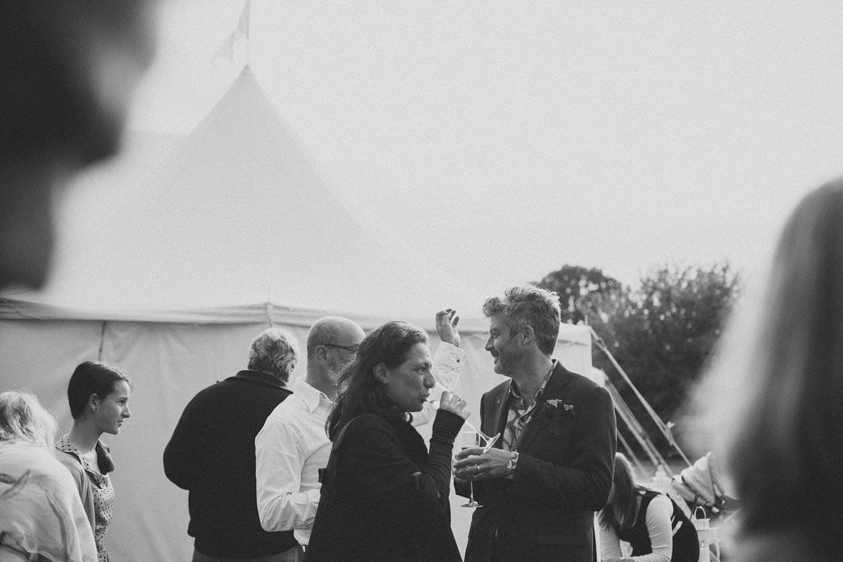 natural-folk-festival-wedding-sussex-photographer-075