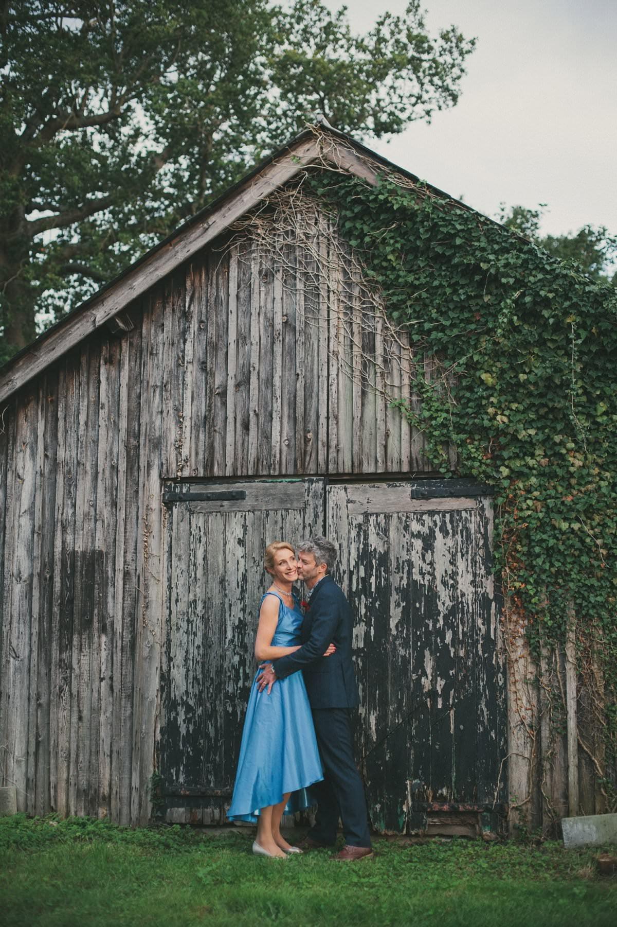 natural-folk-festival-wedding-sussex-photographer-098