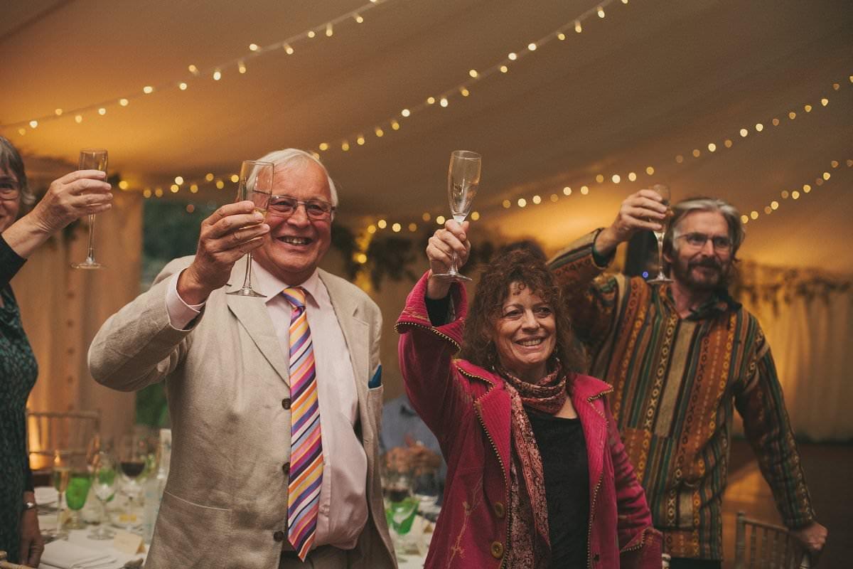 natural-folk-festival-wedding-sussex-photographer-114