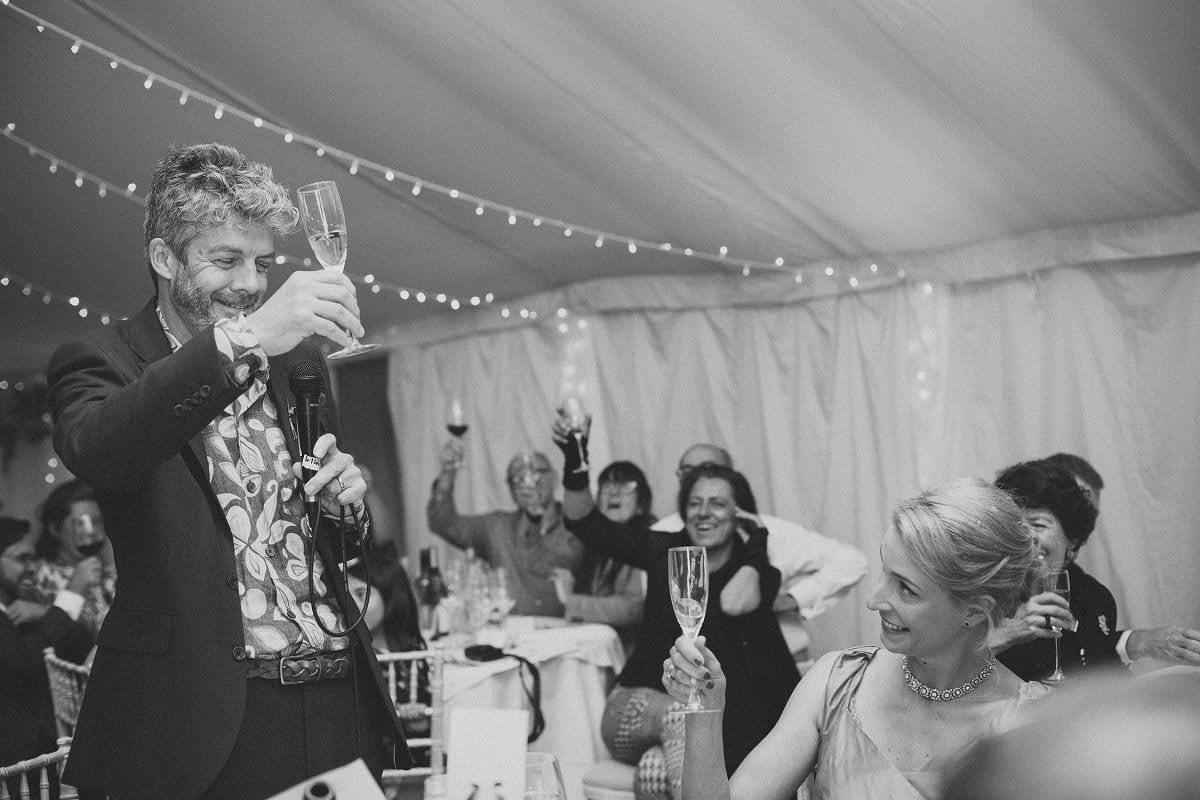natural-folk-festival-wedding-sussex-photographer-119