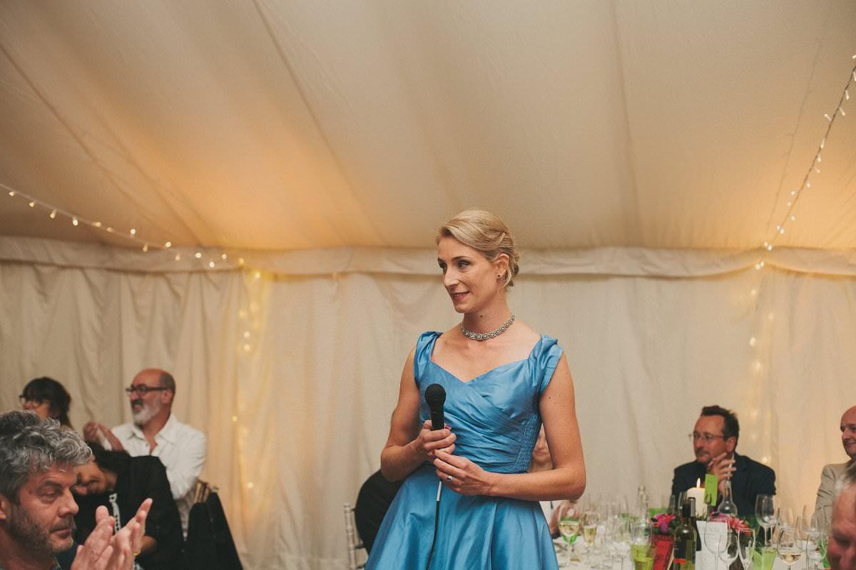 natural-folk-festival-wedding-sussex-photographer-121