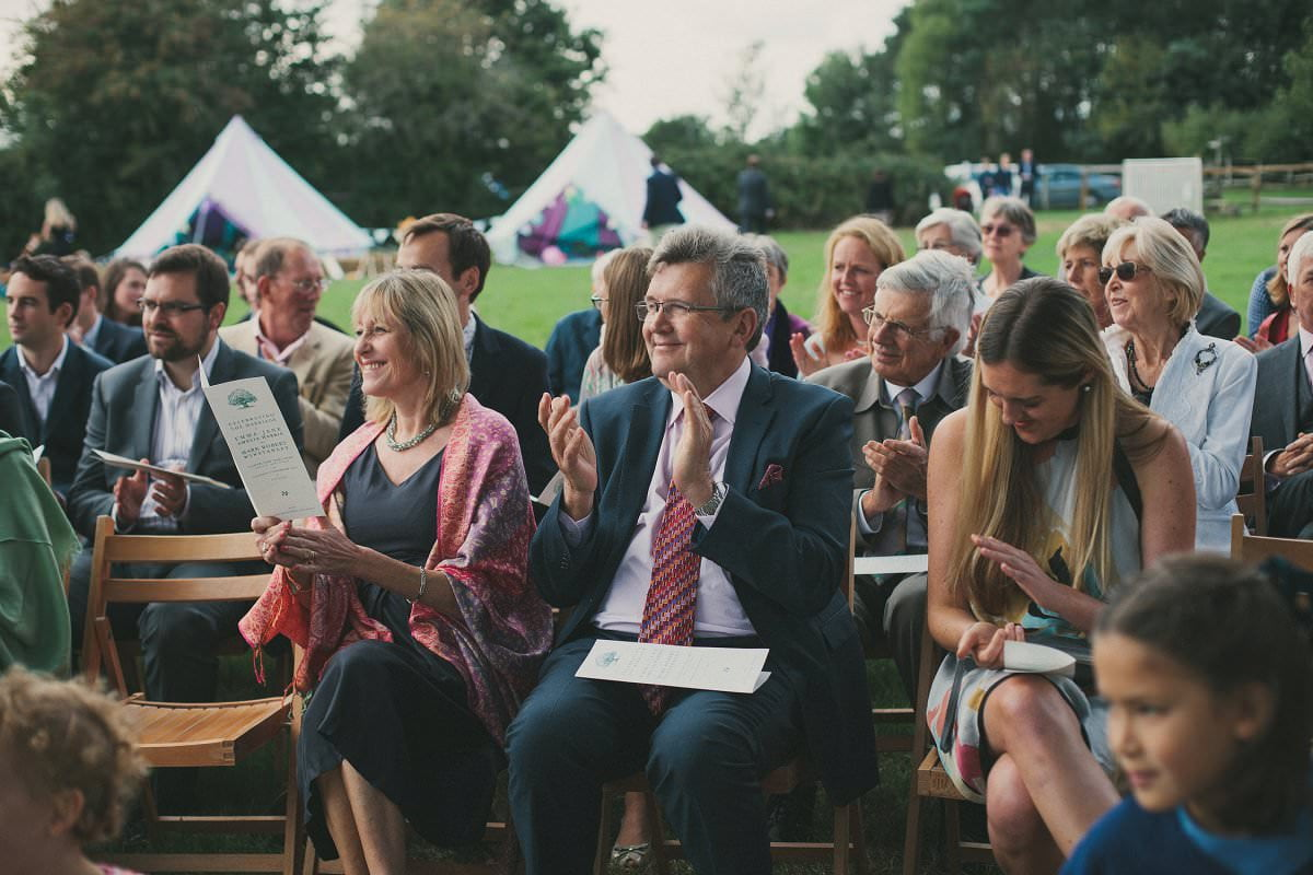natural-folk-festival-wedding-sussex-photographer-057