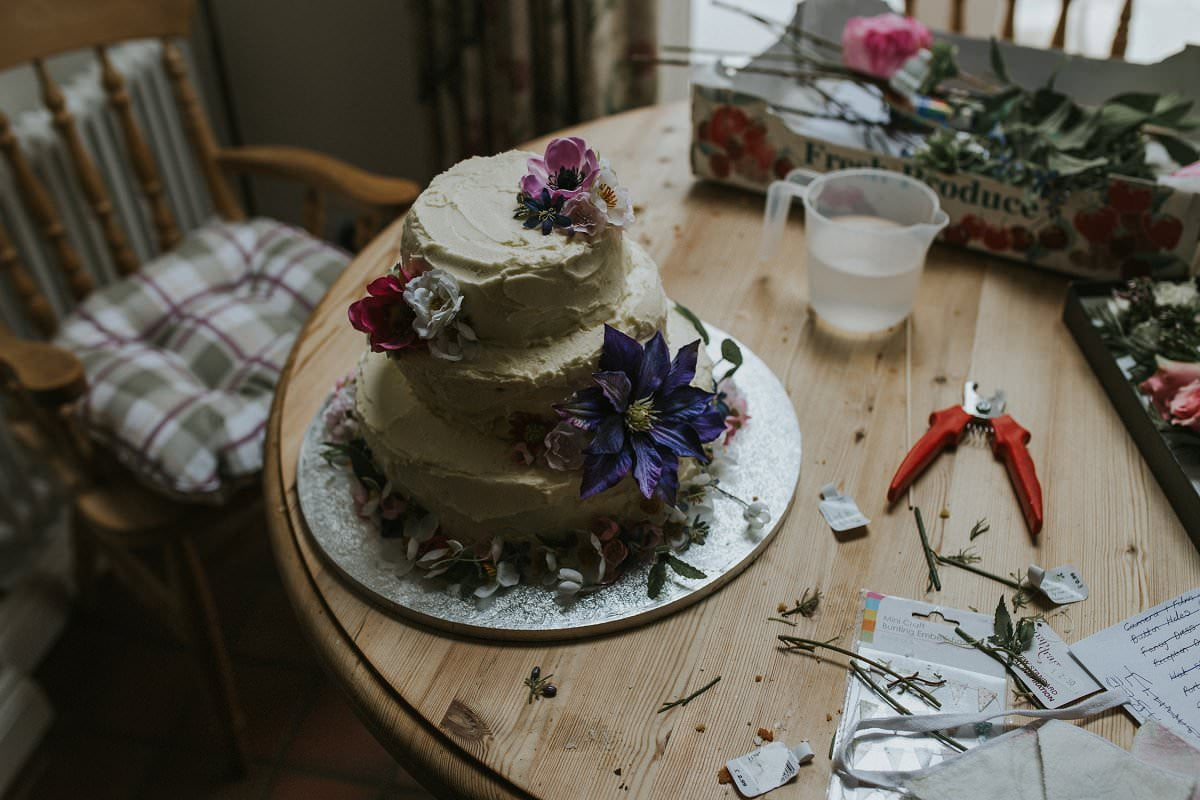 fine-art-wedding-photographer-essex-colchester-natural-back-garden-home-teepee-001