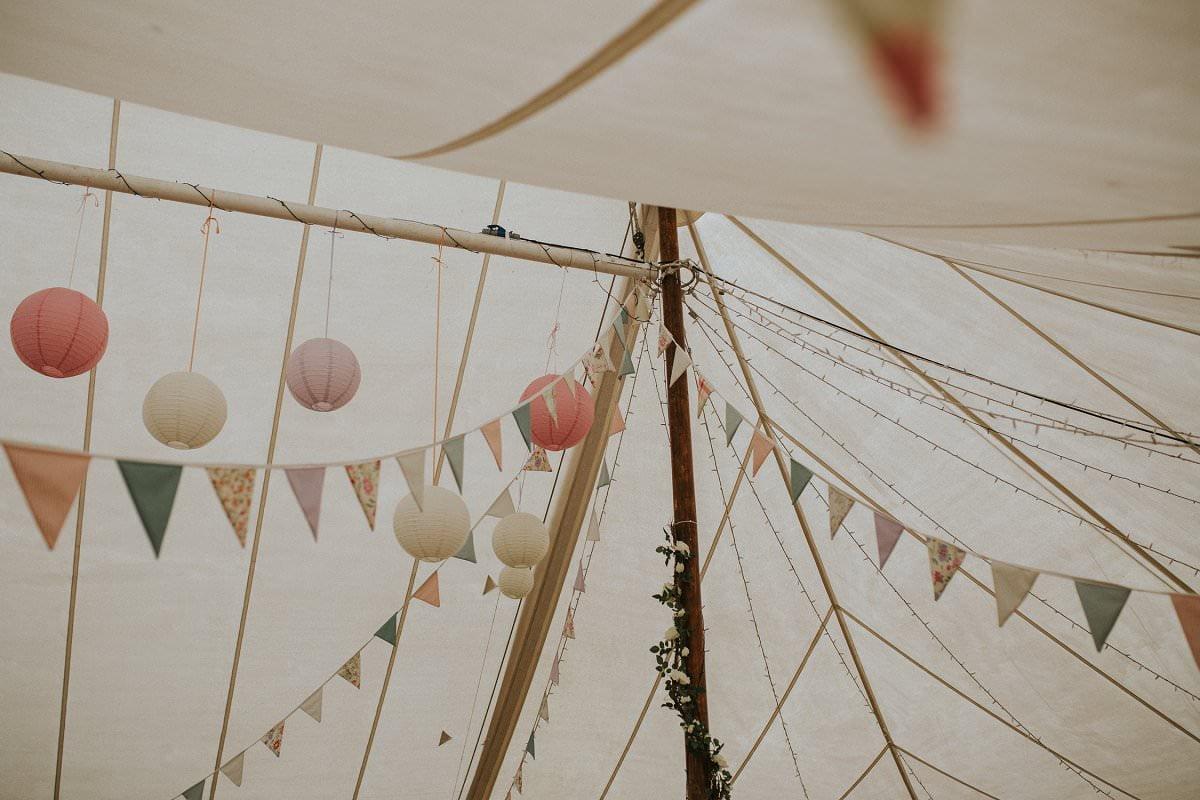fine-art-wedding-photographer-essex-colchester-natural-back-garden-home-teepee-047
