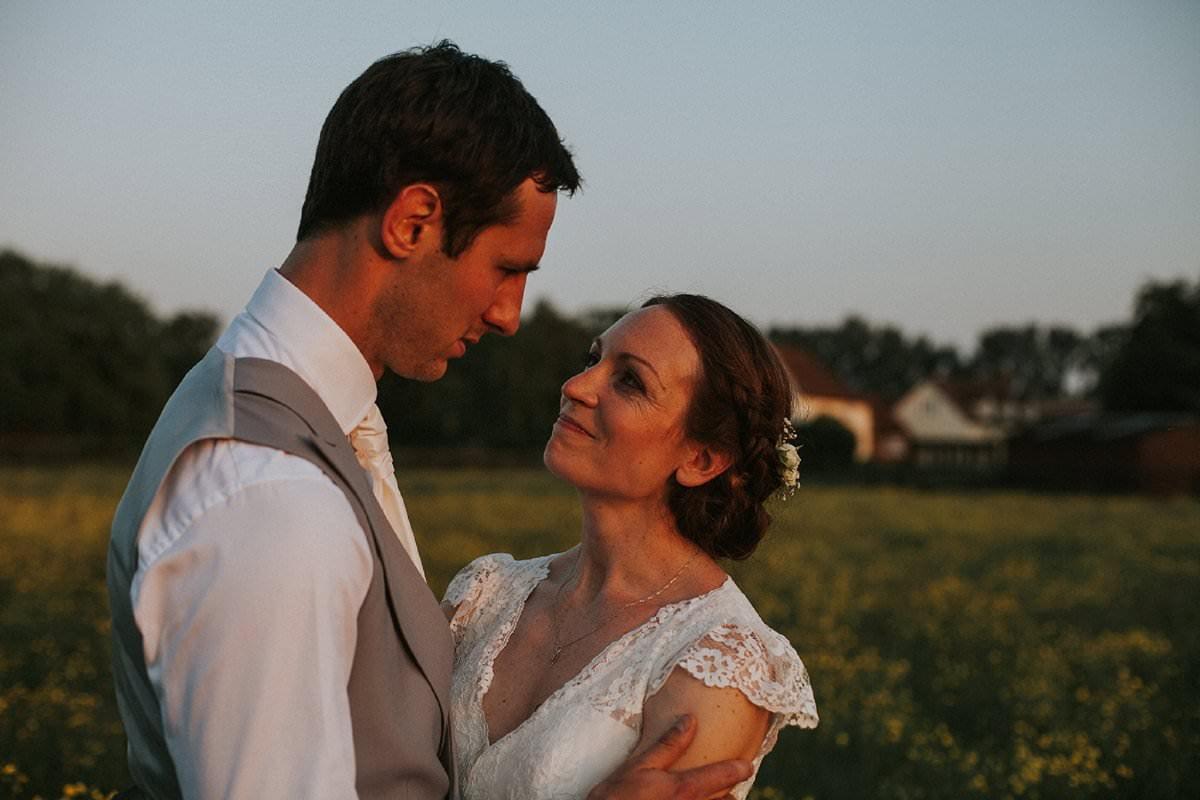 fine-art-wedding-photographer-essex-colchester-natural-back-garden-home-teepee-205