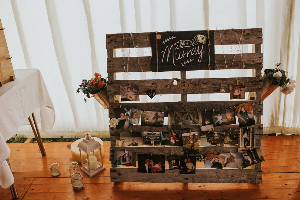 DIY wedding bride groom photo pallet board