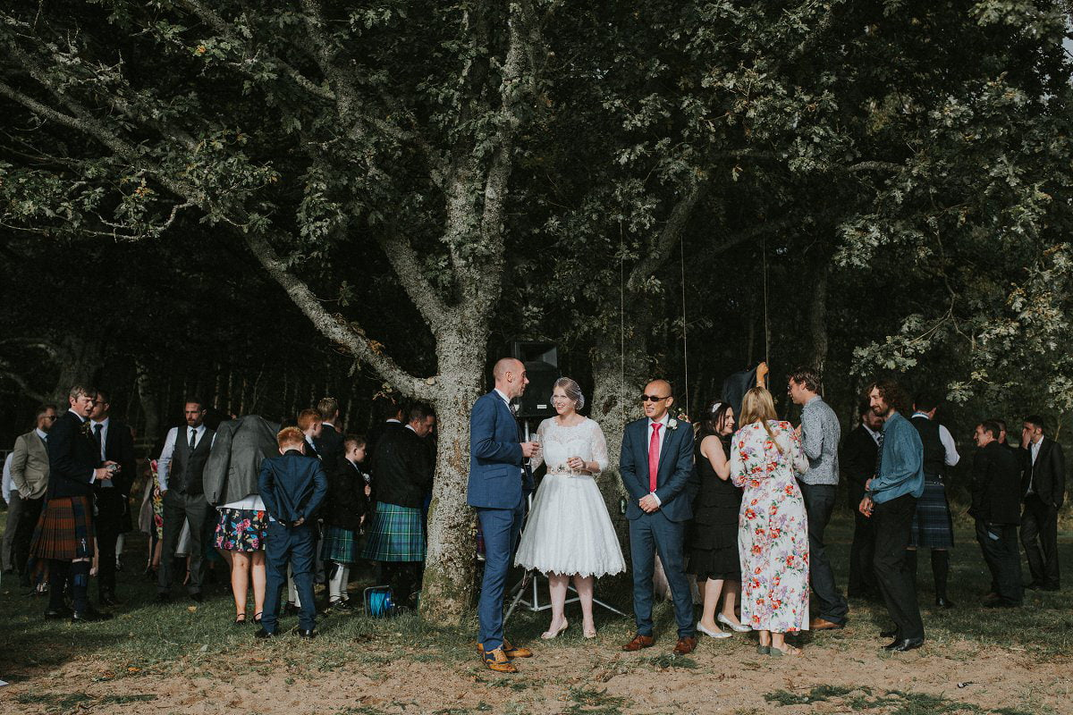 natural outdoor wedding photography