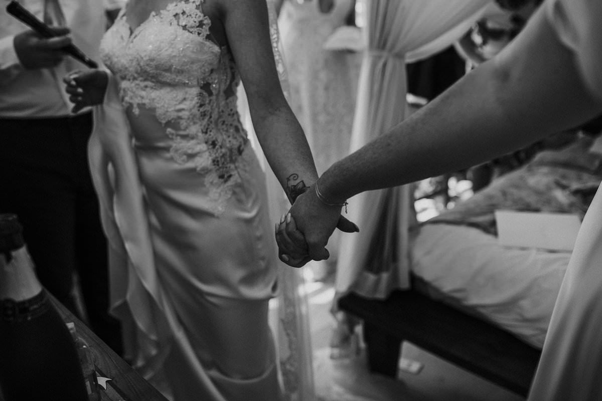 holding hands mum bride wedding