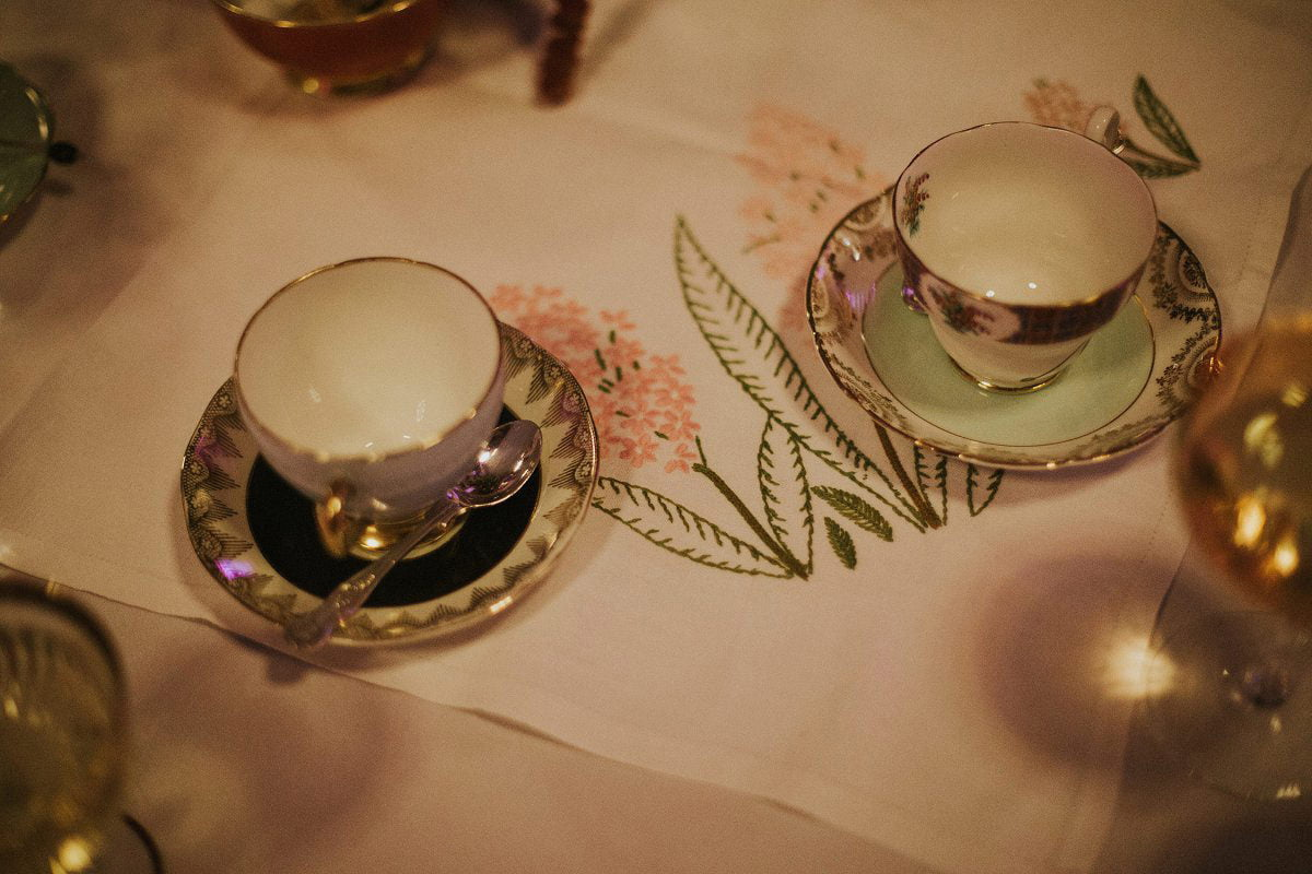 vintage tea cup wedding decoration