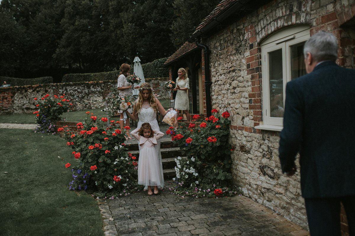 rustic oxfordshire wedding
