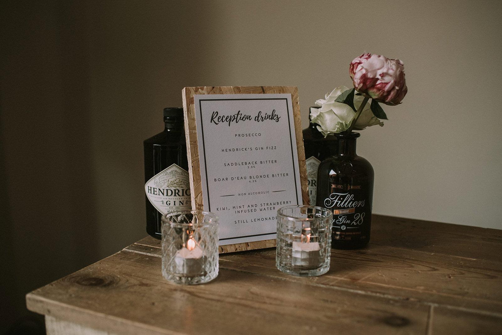 stylish rustic wedding details