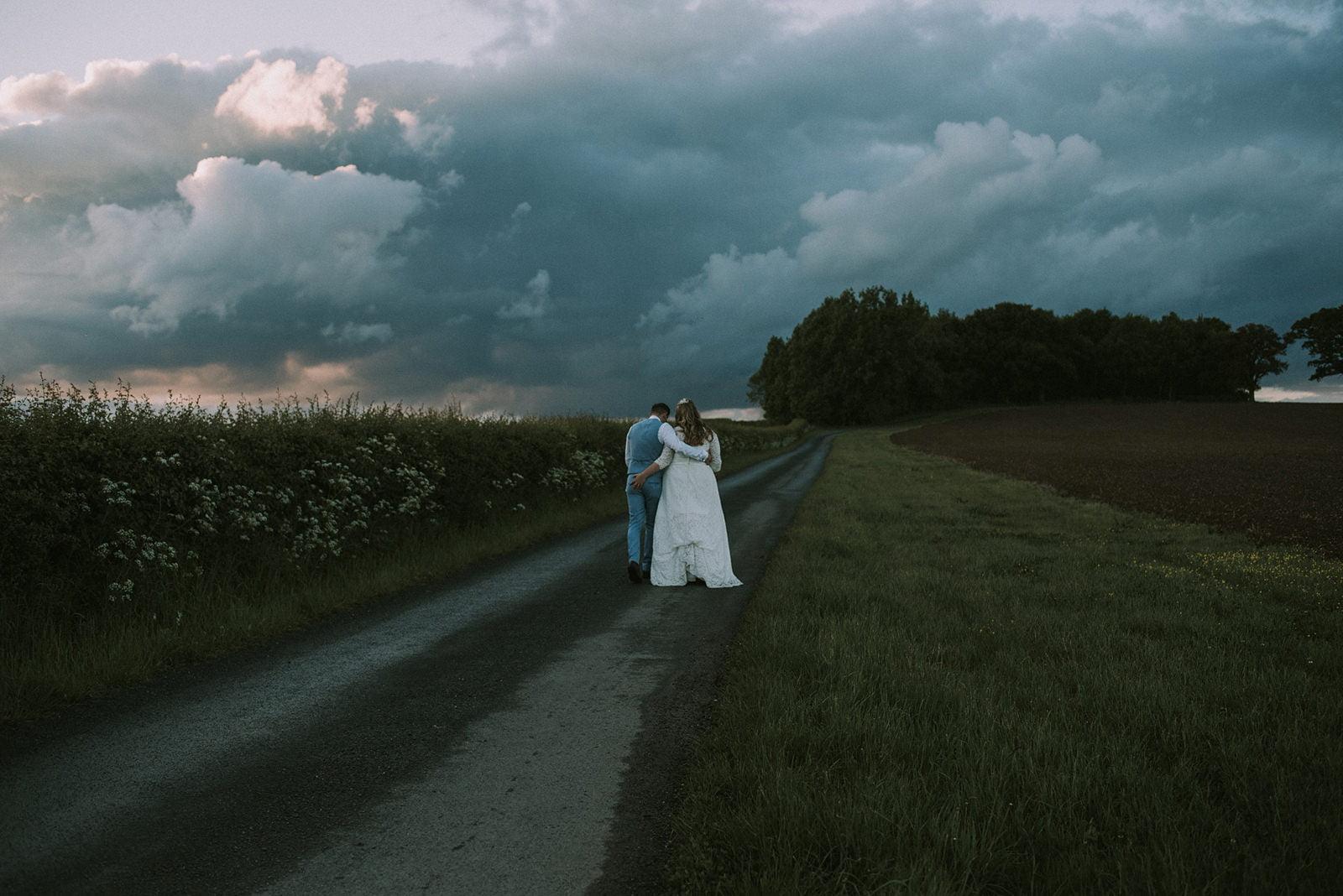 swallows nest barn wedding photos warwickshire