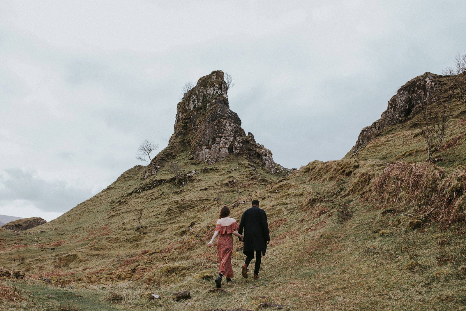 02-isle-of-skye-elopement-wedding-photographer