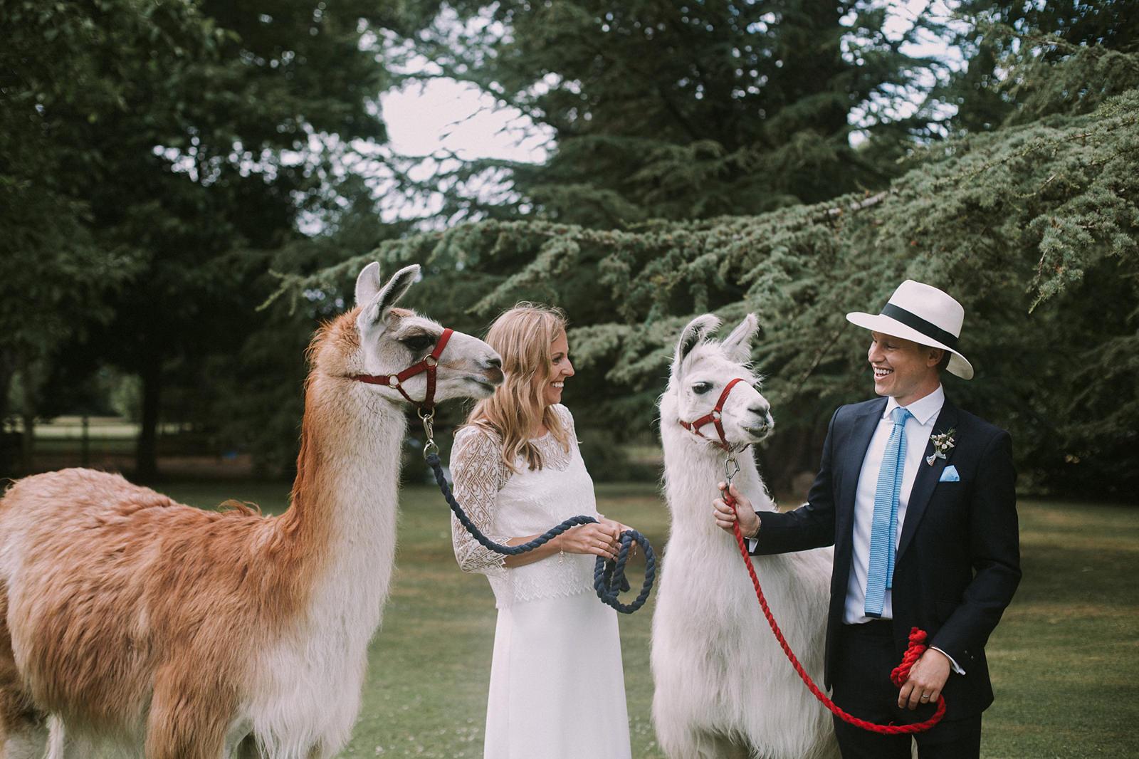 free-spirited wedding photography
