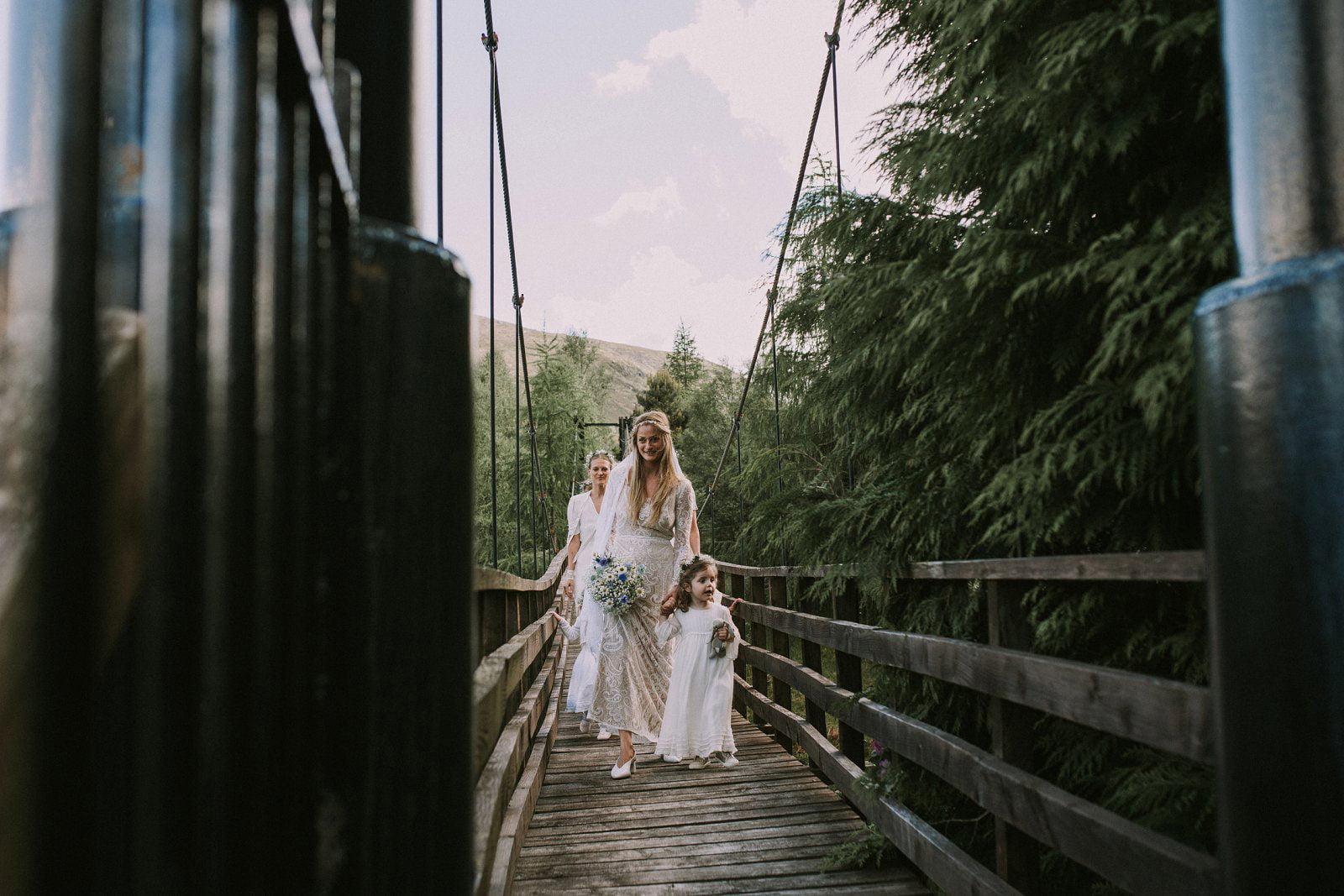 06-whimsical-boho-woodland-wedding-photography