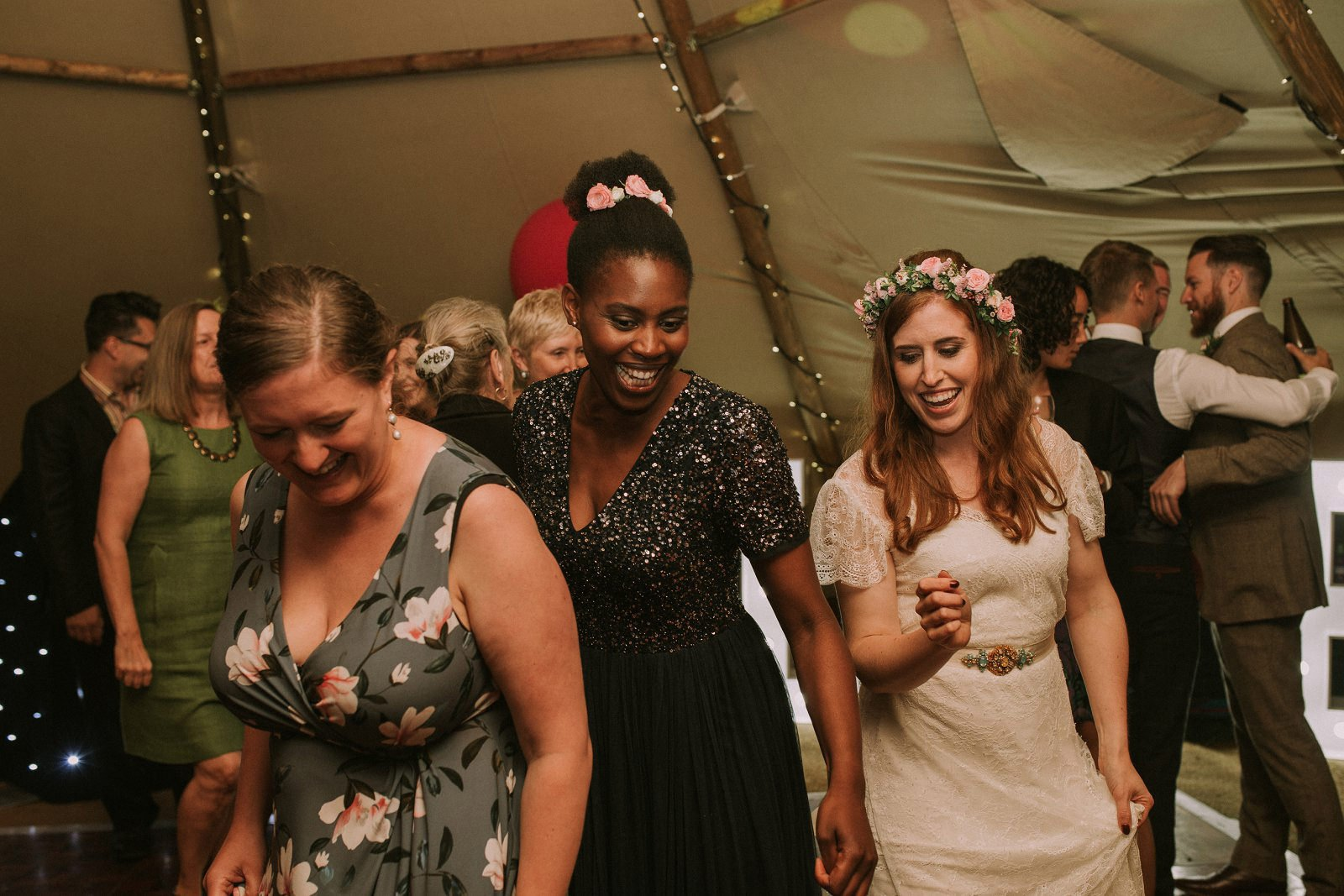 wedding dancing tipi