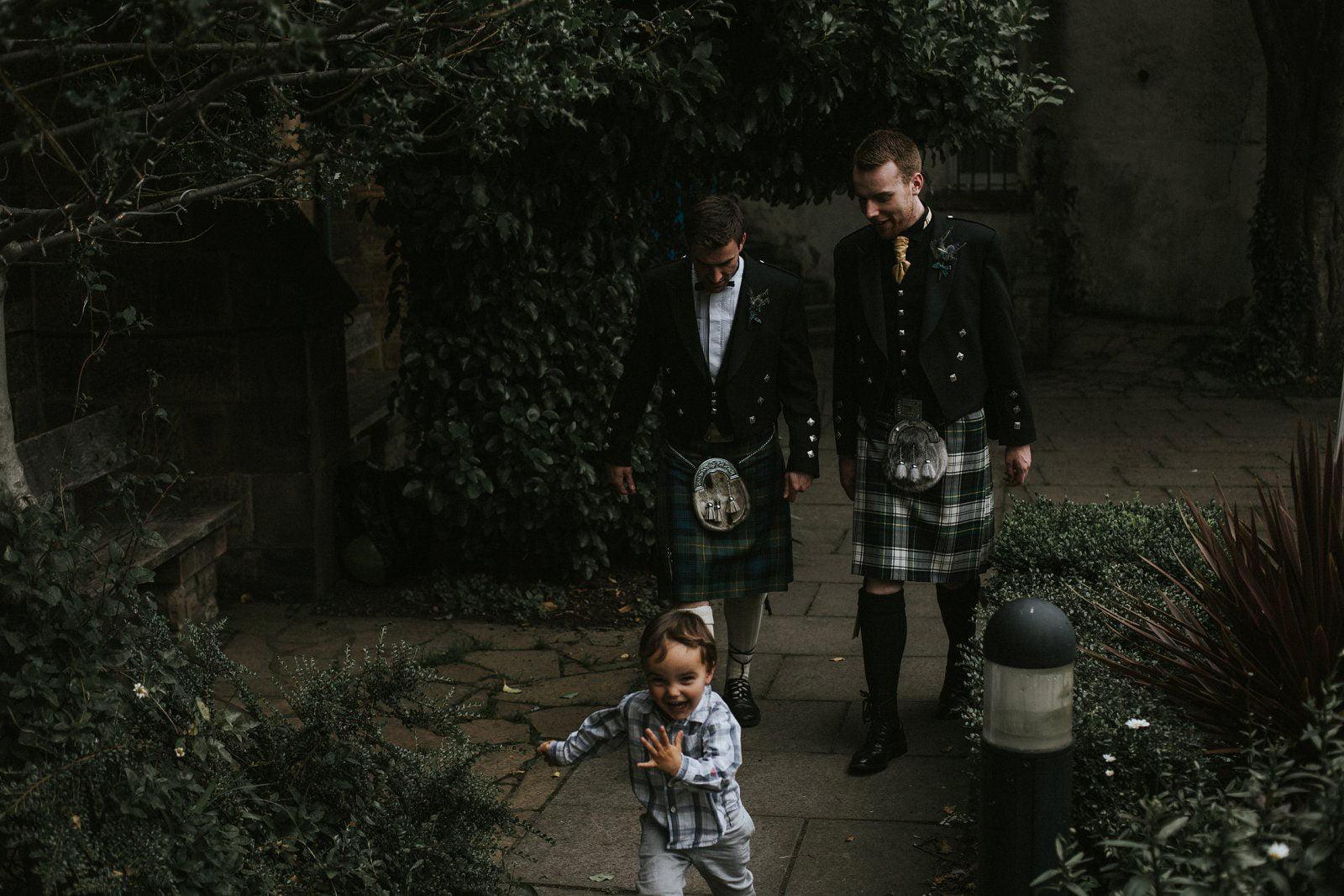 photographer edinburgh wedding