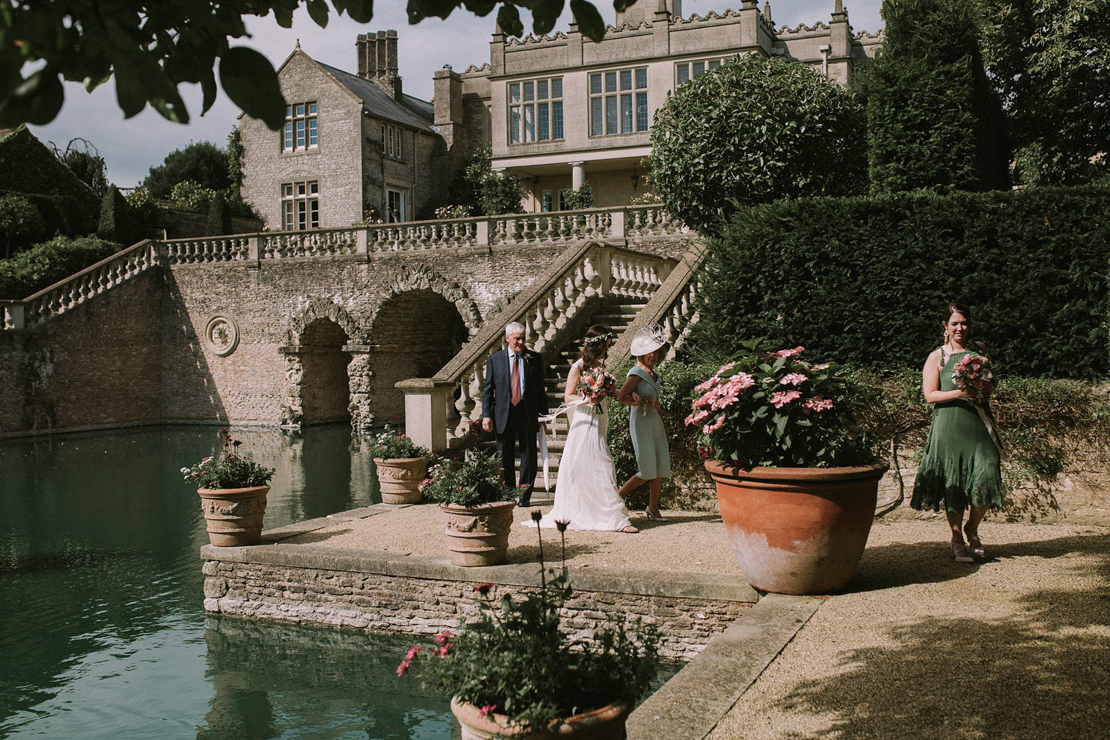 the lost orangery wedding cotswolds photography