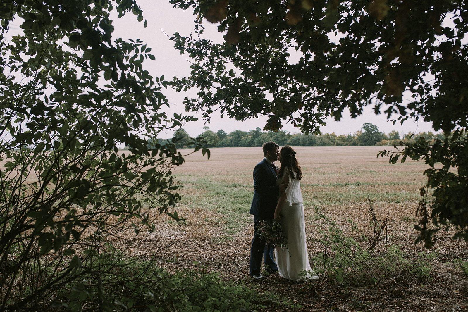 lains-barn-oxfordshire-wedding-photographer-19