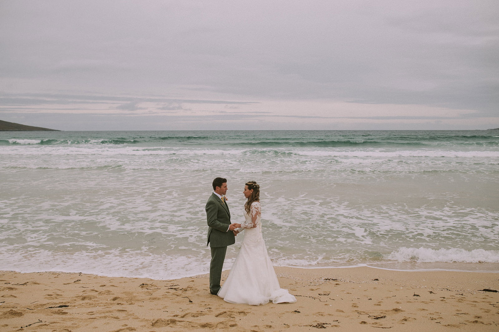 scarista beach wedding photographer