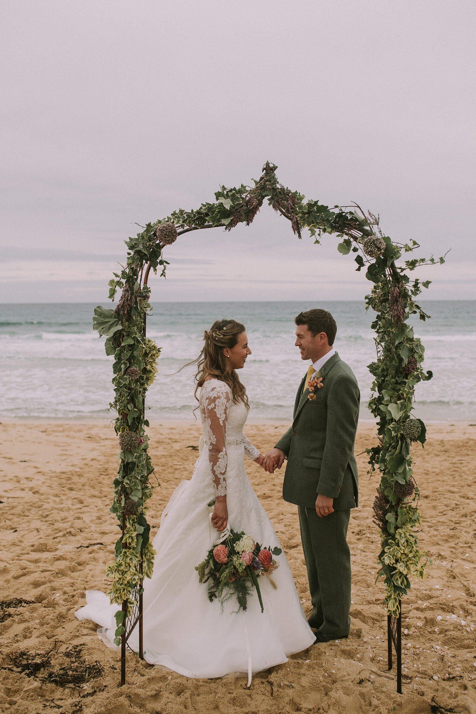 rustic wedding photography harris