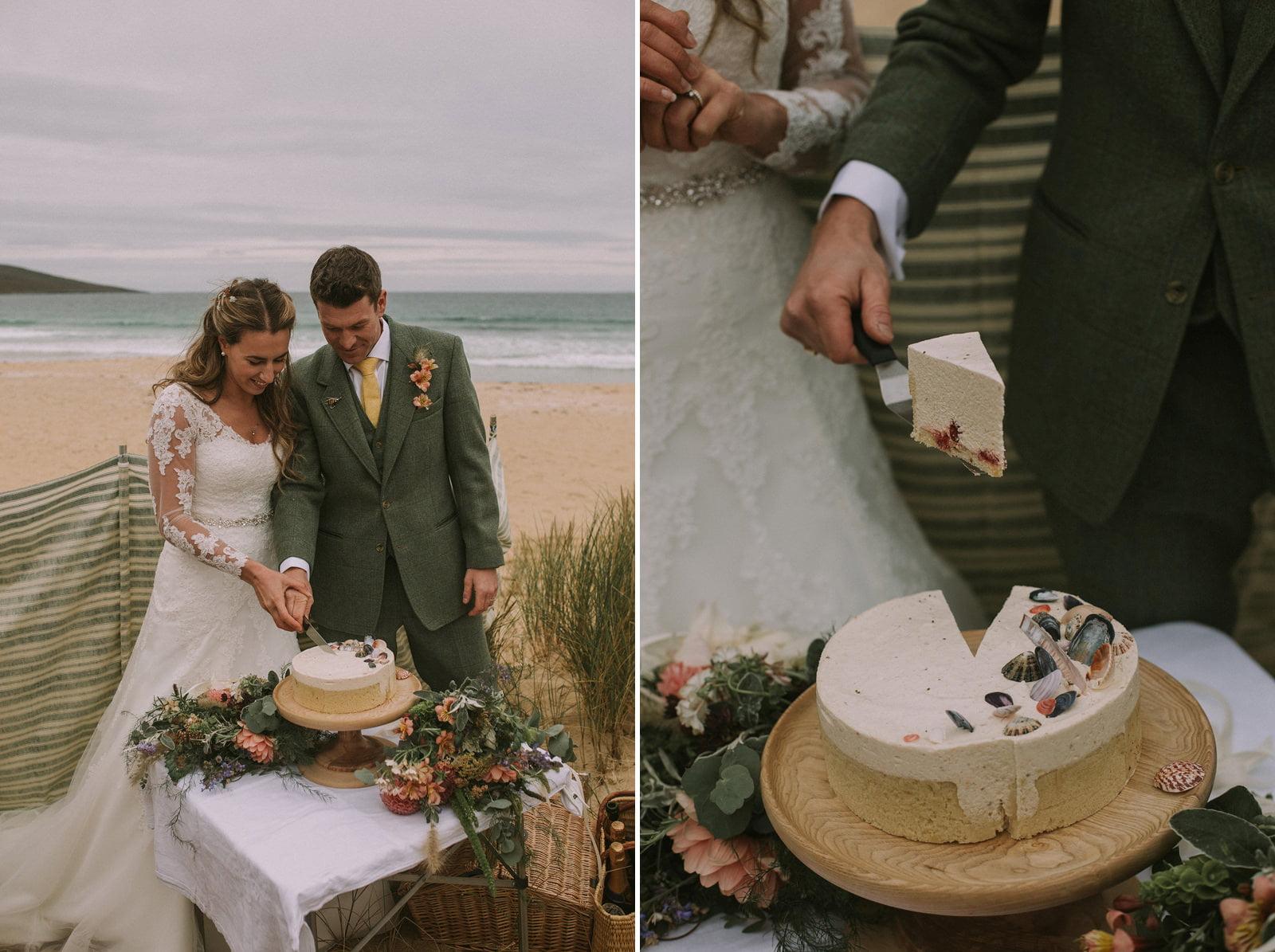 rustic seashell wedding cake